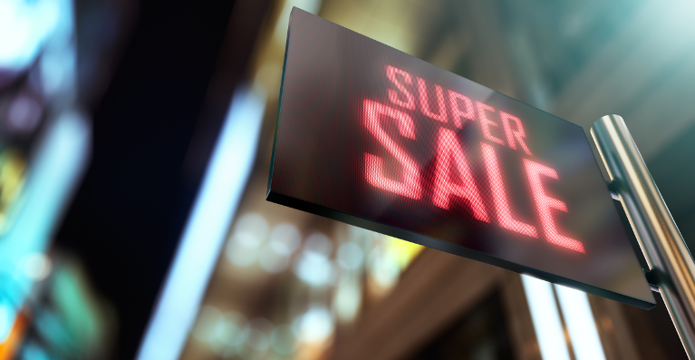 THE RISE AND RISE OF DIGITAL SIGNAGE IN FASHION RETAIL