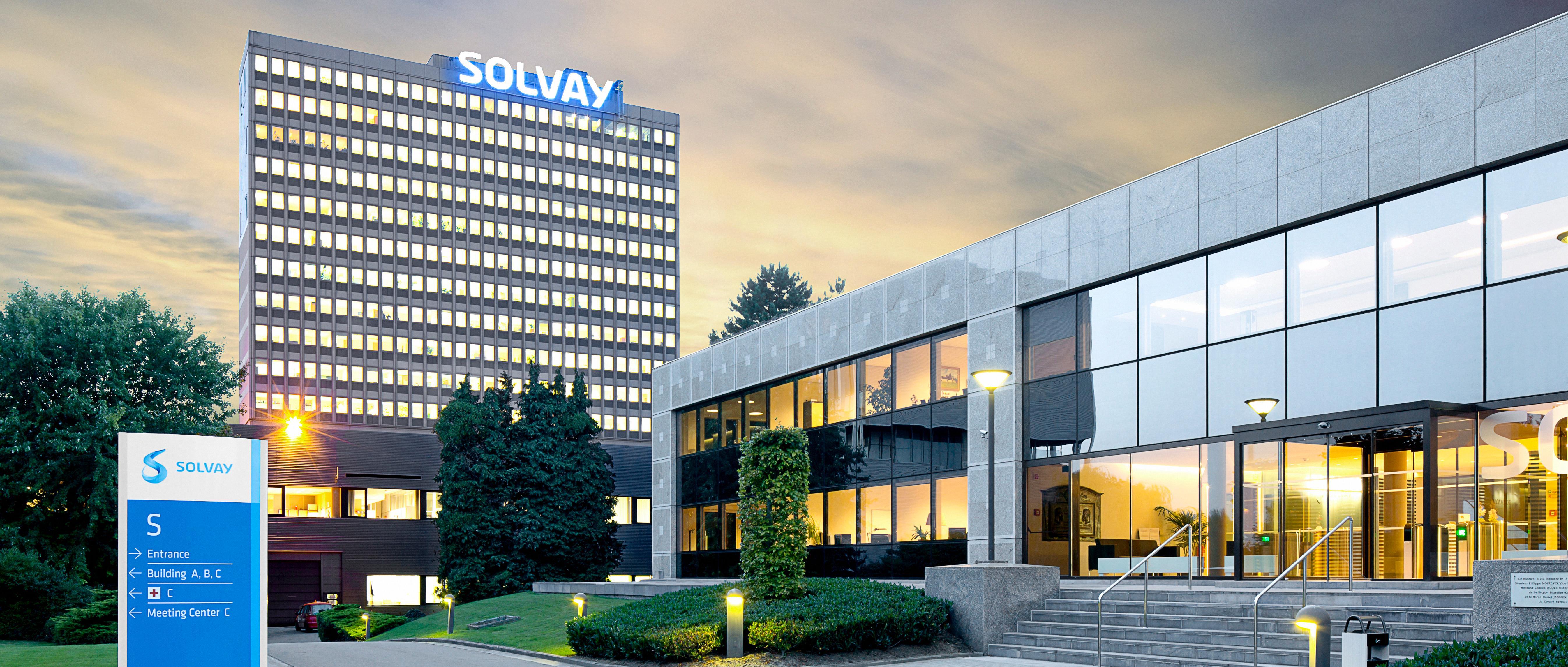 solvay charm-spotlight